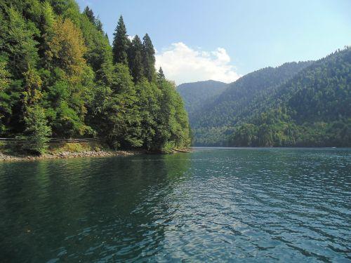 lake ritsa abkhazia
