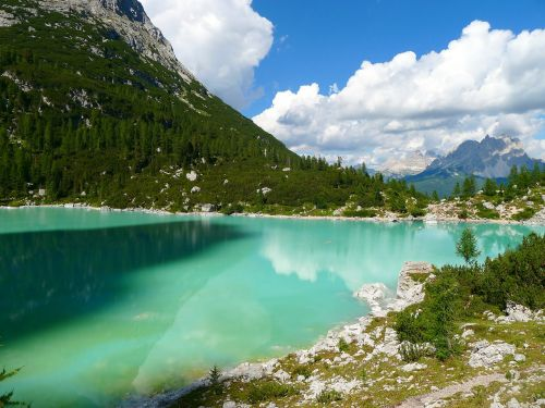 lake bergsee mountain lake