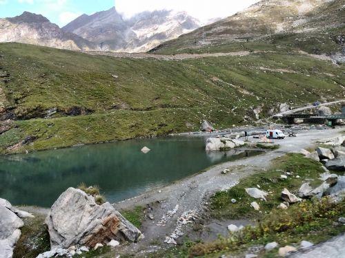 ežeras,žalias,žalias kalnas,valtis,ežero kelias