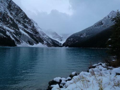 lake louis canada