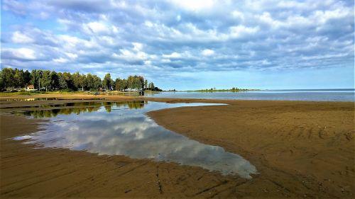 lake beach horizon