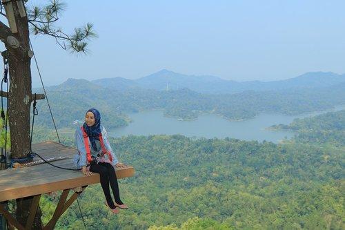 lake  indonesia  high