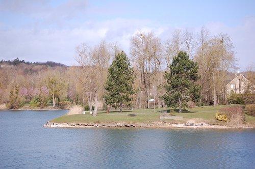 lake  tranquility  zen