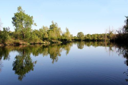 lake  water  hron