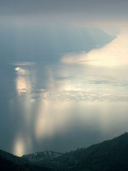 ežeras,veidrodis,ruduo,ežero geneva,rochers de naye