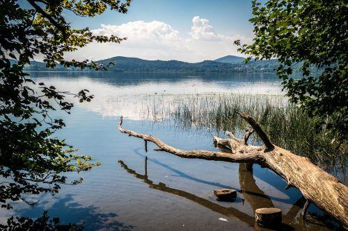 lake wood laacher lake