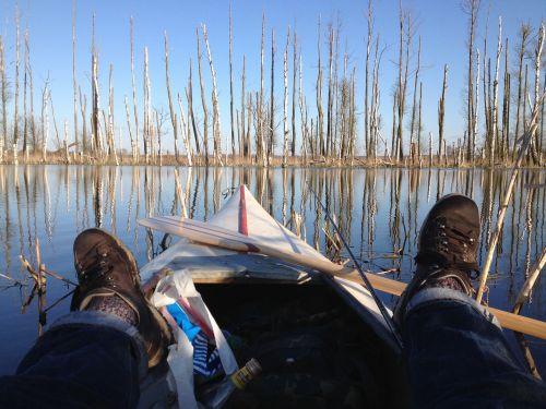 lake canoeing water