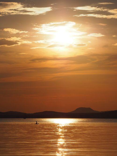 Balaton ežeras,gamta,debesys,vanduo,ežeras,ežeras,kranto