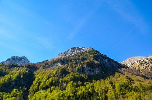 lake klöntal  summit  mountains
