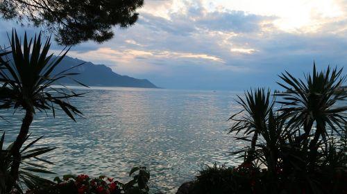 lake leman montreux suisse