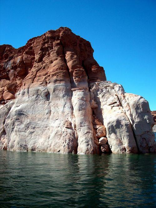lake powell canyon water