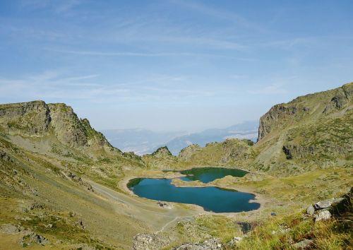 lakes robert lakes france