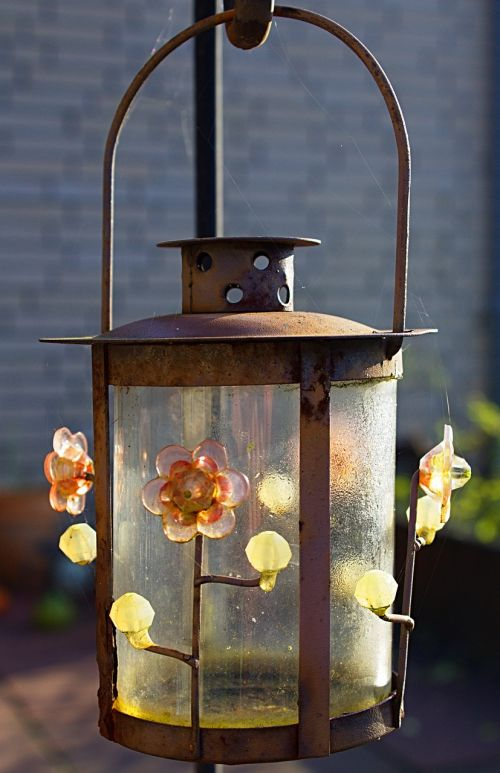 lamp,outdoor,light,decoration,design,lantern,illuminated,outdoor lighting,gardening