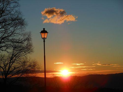lamppost sunset landscape