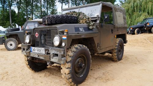 land rover antique auto