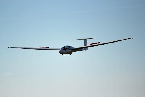 landing glider glide