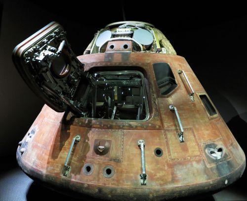 landing capsule kennedy space center nasa