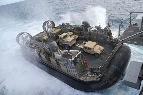landing craft air cushion lcac usn