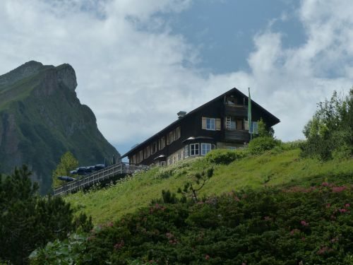 landsberger hut mountain hut hut