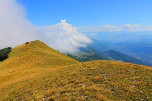 kraštovaizdis,gamta,gamtos kraštovaizdis,peizažas,italy,kalnas,parkas