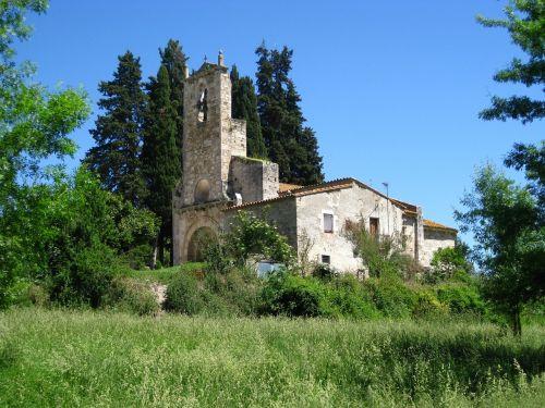 landscape church romanesque