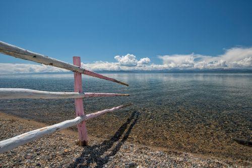 landscape lake transparency