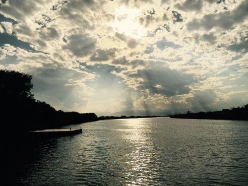 landscape river cloud