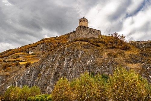 landscape  castle  autumn