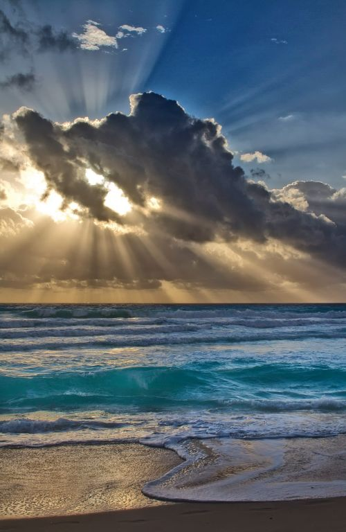 landscape,sun,beach,sea,sunrise,panorama,cloud,blue,horizon,sky,south,cancun,shine,light,vacancy,travel,rays,sunset,cloudy,ocean