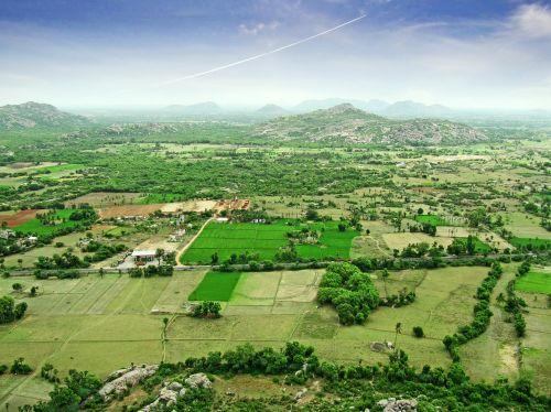 kraštovaizdis,Rytų Indija,aukštas vaizdas,paviršius,Indija,kaimas,žemė,auginami,lauke,laukai,horizontas,erdvė,asija,atmosfera,aplinka,peizažas,plantacija,vasara,toli,diena,gamta,kalvos,kalnai,kultivuotas,Žemdirbystė,rytus,Indijos,ekologija,žalias,rūkas,miglotas,miškas,dangus,augmenija,kelionė,kelionė,ekspedicija,sezonas,žemė,kelias,paprastas,atstumas,flora,taika,skrydis,tapetai,aukščiau,contrail,drėgnas klimatas,puikus oras,aukštis,atogrąžų,aukštis