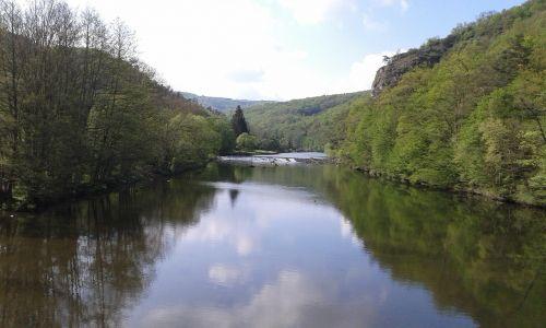 landscape water-level reflection
