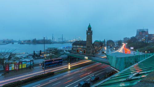 landungsbrücken port hamburg