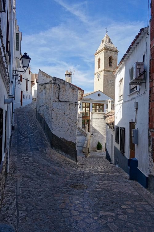 lane narrow cobblestones
