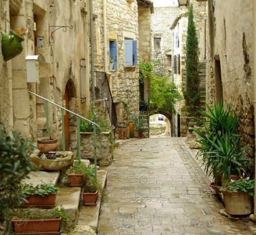 lane medieval village pavers