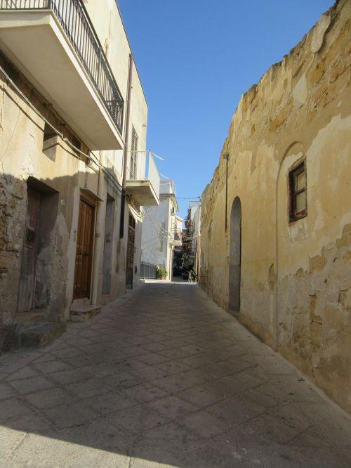lane sicily village