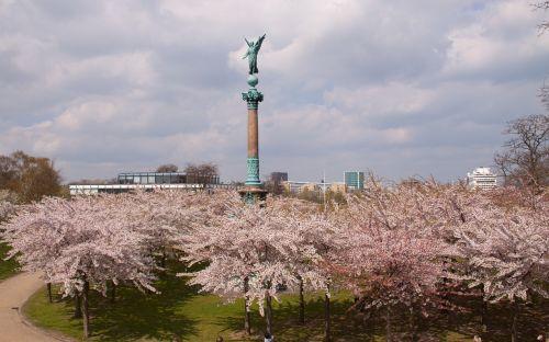 langelinie statue angel