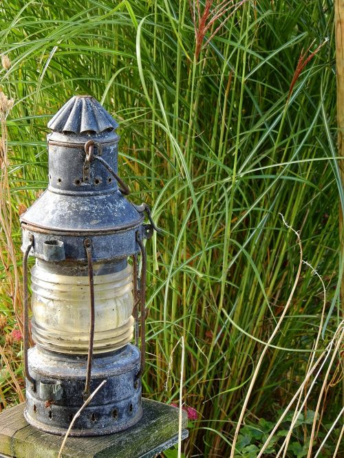lantern windlight lamp