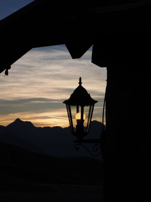 lantern light lighting