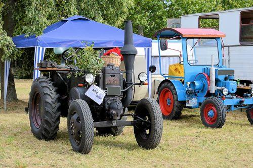 lanz-bulldog tractor old