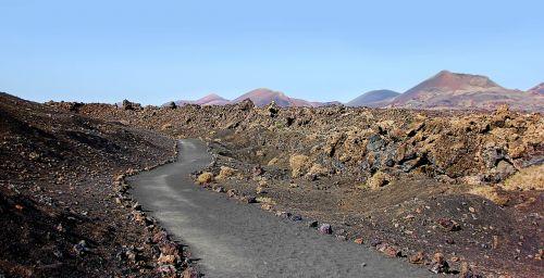 lanzarote volcanoes volcanic
