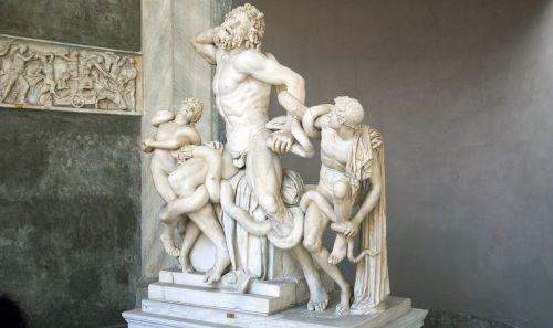 laocoon statue greek