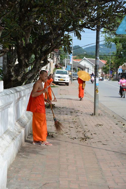 laos luang prabang monks