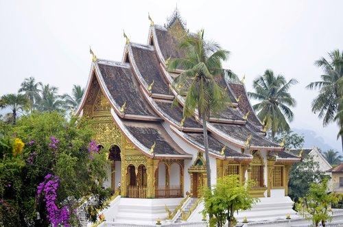 laos  temple  buddha