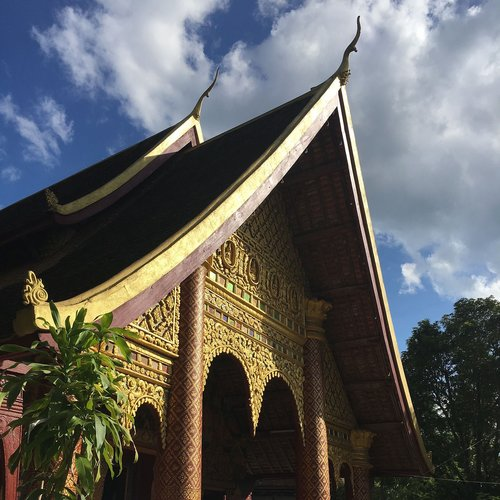 laos  temple  sky