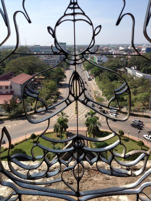 laos vientiane patuxai