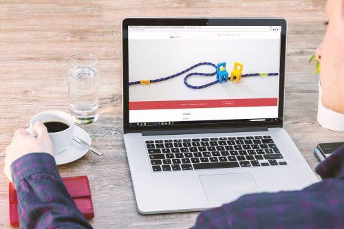 laptop web design work