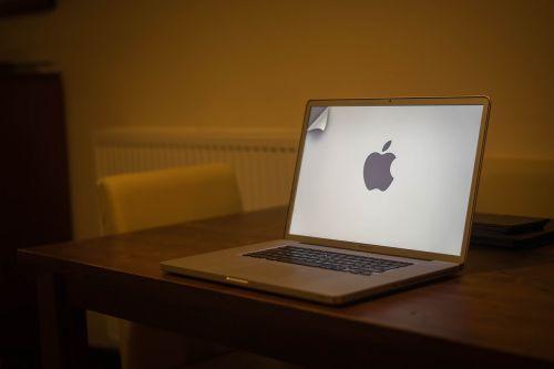 laptop computer macbook