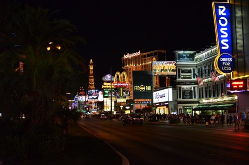 las vegas night road