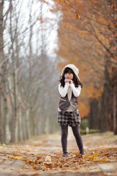 late autumn girl racing