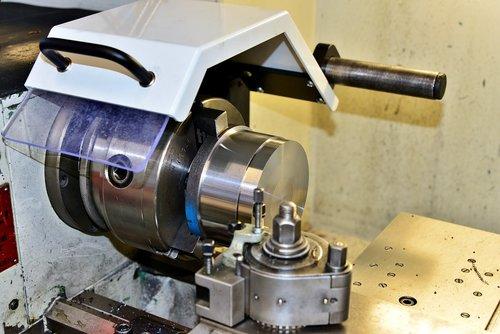 lathe  metalworking  machine